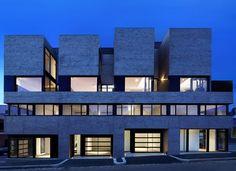 // by Freadman White Architects - Photo: Christine Francis
