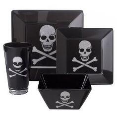 Black Skull Dinner plates and glasses