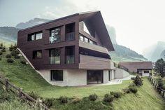 Gallery of Villa A / Perathoner Architects - 3