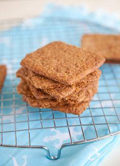 How to make homemade graham crackers