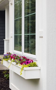 window boxes that won't fall apart. An easy way to build window boxes and attach them to your house so they won't rot or fall apart. Diy Flower Boxes, Window Box Flowers, Cottage Windows, Window Planter Boxes, Mailbox Planter, Faux Window, Home Landscaping, Garden Structures, Falling Apart