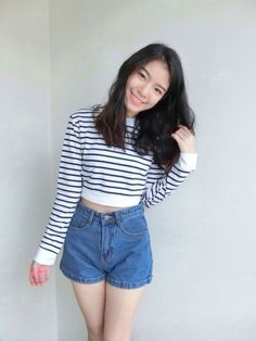 Two tone Crop