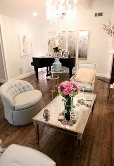 Love her home!  newport beach: Kyle Richards' Bel Air home
