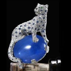 The Duchess of Windsor's Cartier sapphire and diamond panther clip. The cabochon sapphire is 152 carats.