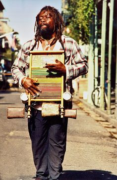 A wondrous street performer... world percussionist extraordinaire, French Quarter, New Orleans... what a tradition...