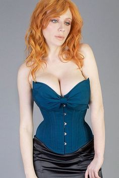 Also this bow in corset
