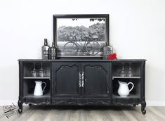 Smokey Quartz, Carbon, and Metallic Silver Glaze melt together beautifully on this dark and mysterious piece by Kate&Barrel!  ♥️ www.wiseowlpaint.com #wiseowlpaint #wiseowlglaze #smokeyquartz #carbon #metallicsilver #painted #furniture #dark #black #buffet