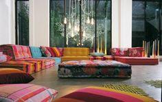 farbige Sofas-Blumenmuster