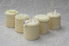 Yellow Mini Cakes - Bitsy Bride