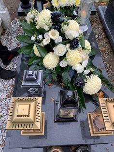 Funeral, Flower Arrangements, Fantasy, Table Decorations, Flowers, Home Decor, Balcony, Floral Arrangements, Decoration Home