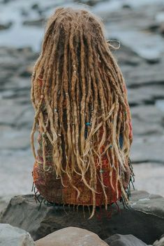 Dreadlocks- Mountain Dreads - we're all about Dread Beads, Natural Dread Care and Dreadlock Accessories - Read our story. Natural Dreads, Natural Afro Hairstyles, Bohemian Hairstyles, Dreadlock Hairstyles, Cool Hairstyles, Black Hairstyles, Wedding Hairstyles, Blonde Dreads, Dreadlocks Girl