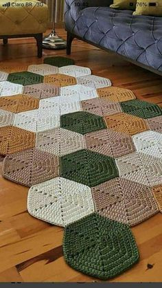Crochet Mat, Crochet Rug Patterns, Crochet Carpet, Granny Square Crochet Pattern, Crochet World, Crochet Designs, Crochet Doilies, Crochet Stitches, Crochet Squares