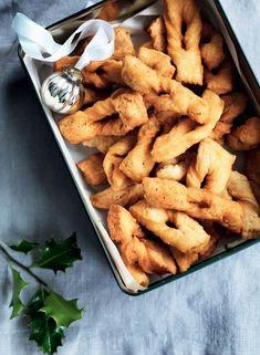 Klejner Ca. Danish Cookies, Scandinavian Food, Danish Food, Danishes, Fruit Jam, Snacks, Quick Easy Meals, Food Inspiration, Dinner Recipes
