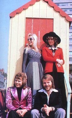 ABBA Annual 1974 Abba Lyrics, Abba Mania, Music Film, Music Music, Mamma Mia, Vintage Music, Kinds Of Music, My Favorite Music, Belle Photo