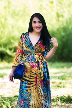 Love this tropical print dress from Rosegal (www.rosegal.com) For more photos check out my website (www.lenparent.com)
