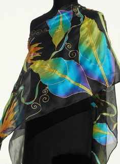 Bright flowers black silk scarf Hand Painted Chiffon orange blue green turquoise gold Long silk handpainted wrap Birds of paradise tropical Hand Painted Sarees, Hand Painted Fabric, Painted Silk, Vert Turquoise, Bright Flowers, Tropical Flowers, Batik Art, Chiffon, Floral Drawing