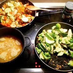Gemüse. Gesund. Geil #dinner #home #cooking #vegetables #healthy #clean #hungry #hamburg #quinoa #green #nomeat #vegan #lowcarb #enjoy #yummy by de_nn_ihno