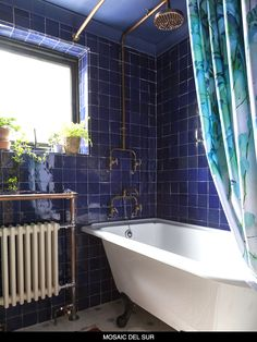 Intense blue bathroom and shower wall tiles. Traditional handmade Moroccan Zellige tiles from Mosaic del Sur Barn Bedrooms, Decoracion Vintage Chic, Victorian Bathroom, Blue Tiles, Maine House, Bathroom Interior Design, Bathroom Renovations, Small Bathroom, New Homes
