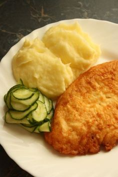 Sajtos csirkemell - Kifőztük, online gasztromagazin My Recipes, Chicken Recipes, Pollo Chicken, Food Gallery, Just Eat It, Hungarian Recipes, Food For Thought, Soul Food, Poultry