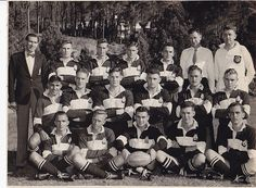 Diggers Rugby Club XV 1955 Original photo of Diggers Rugby Club XV Including Springboks Natie Rens & Joe Kaminer (later, also Mr Dan de Villiers, manager 1956 Springboks. Size 24 X 19 cm, very good condition. postage in RSA Rugby Club, Digger, South Africa, History, Dan, Google Search, Historia, History Activities