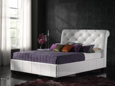 "Kaydian Opera. 4' 6"" Real Leather Bed"