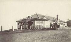 The original Picnic Point Kiosk at Picnic Point, Toowoomba, ca. 1925