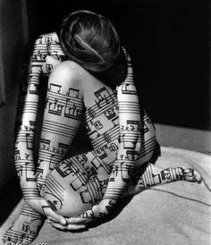 mistymorrning: Original Photo of Kara. Score is superimposed. - I love the human body and I love music. This picture combines the two in such a perfect balance. Body Tattoo Design, Full Body Tattoo, Body Tattoos, I Tattoo, Tattoo Designs, Tattoo Ideas, Note Tattoo, Art Friend, Music Tattoos