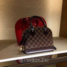 Alma Bb, Backpack Purse, Louis Vuitton Speedy Bag, Purses And Bags, Dior, Luxury Fashion, Gucci, Chanel, Backpacks