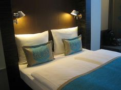 Motel One Berlin-Tiergarten: The bed