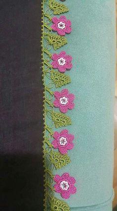 Filet Crochet, Irish Crochet, Romanian Lace, Crochet Flowers, Female Art, Needlework, Diy And Crafts, Crochet Necklace, Cross Stitch