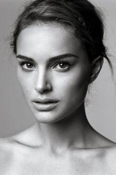Natalie Portman portrait - via www.murraymitchell.com