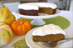Honeyville Farms - Cookin Cousins pumpkin cake and other almond flour recipes Spice Cake Recipes, Real Food Recipes, Dessert Recipes, Pumpkin Recipes, Paleo Recipes, Free Recipes, Gluten Free Cakes, Gluten Free Desserts, Delicious Desserts