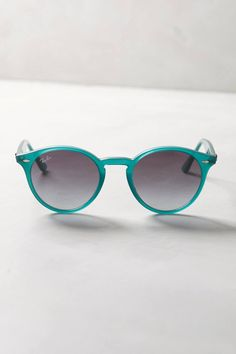 Round Sunglasses by Ray-Ban #anthrofave #anthropologie