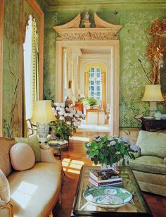 Chinoiserie Wallpaper via This is Glamorous