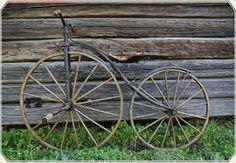 Kuvahaun tulos haulle vanhat polkupyörät Cannon, Guns, Weapons Guns, Revolvers, Weapons, Rifles, Firearms