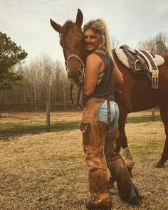 Foto Cowgirl, Cowgirl Style, Western Girl, Western Riding, Country Girl Life, Country Girls, Cute Photography, Horse Photography, Cowgirl Pictures