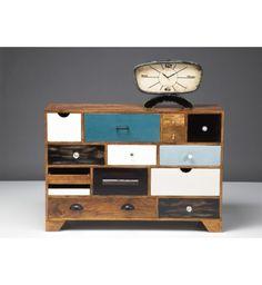 Commode Patchwork 14 tiroirs. Et il ya tout l'assortiment, de la table de salon au meuble télé. Je suis amoureuse... <3