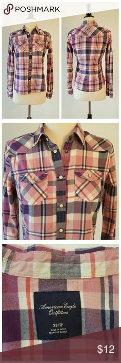 db1ff6d6 American Eagle Outfitters Flannel Flannel shirt, front and pocket snaps,  Western style front pockets