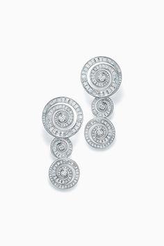 Real Diamond Earrings, Diamond Jewelry, High Jewelry, Jewelry Accessories, Gents Ring, Jewelry Design Drawing, Blue Books, Tiffany Jewelry, Tiffany Blue