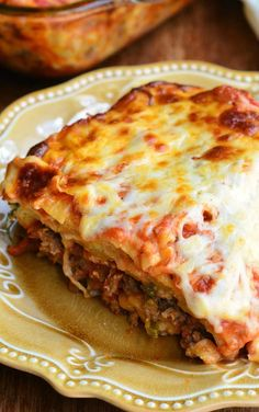 With Ricotta Italian Sausages Lasagna Recipe.Italian Sausage Lasagna Will Cook For Smiles. Sausage Cheese And Basil Lasagna. Home and Family Lasagna With Ricotta, Italian Sausage Lasagna, Turkey Lasagna, Meat Lasagna, Pasta Lasagna, Italian Sausages, Lasagna Recipes, Italian Dishes, Kitchens