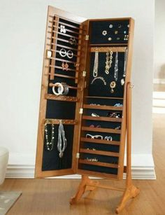 60 Meilleures Images Du Tableau Armoire A Bijoux Jewelry Armoire