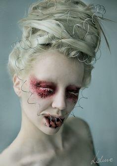 good night by Magdalena Piwosz