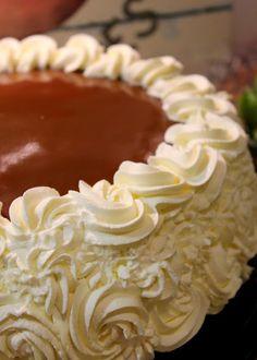 Sopivasti ihana: Täytekakut Good Food, Food And Drink, Pie, Baking, Party, Desserts, Cake, Kitchens, Torte