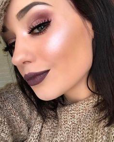 Glowing @elliewietzel  EYES: Modern Renaissance  GLOW: #NicoleGlow #GlowKit  LIPS: Lip palette in 5, 11 and Primary 2  #anastasiabeverlyhills #lippalette