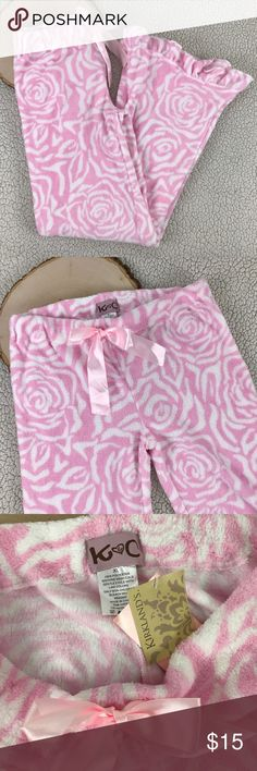 NEW NWT Pink fleece Sleep Lounge Pants Women's XL BRAND        :Kirklands		 SIZE	     :Women's XL STYLE	     :Sleep Lounge Pants COLOR	     :Pink - White	 Inventory    :SB73 B4 Kirklands Pants
