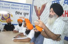 Dal Khalsa Urges Sikhs to Oppose Moves by RSS - http://news54.barryfenner.info/dal-khalsa-urges-sikhs-to-oppose-moves-by-rss/