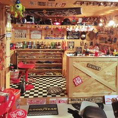 junさんの、アルコール,雑貨,ミニカー,ホットウィール,OSB合板,看板,ガレージ,DIY,ハンドメイド,カウンター,壁/天井,のお部屋写真