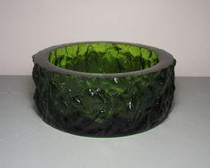 Vintage Green Whitefriars Glass Ashtray by Geoffrey Baxter/Bark Effect Glass/Whitefriars Ashtray/Geoffrey Baxter Glass/Green Art Glass/ by SukiandPolly on Etsy https://www.etsy.com/listing/400074229/vintage-green-whitefriars-glass-ashtray