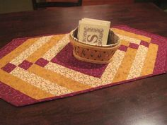 Machine quilted table runner by TheRetiredQuilt on Etsy, $22.00