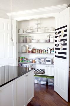 Is your Kitchen Pantry in need of a major makeover? Today, I will be sharing some Organized Kitchen Pantry Ideas to help get you inspired to start putting together your perfectly organized pan!try